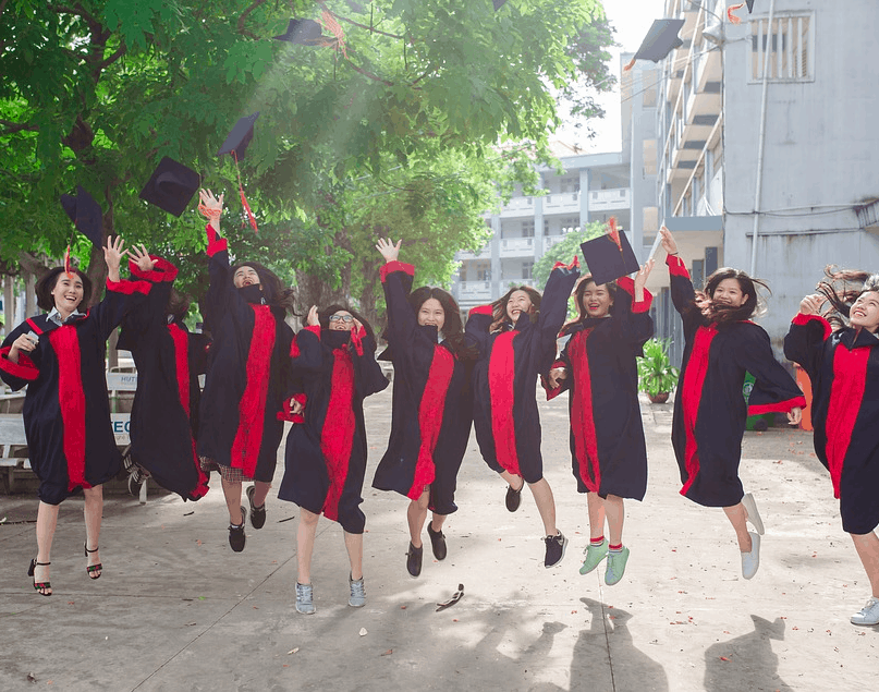 26 of the Easiest Bachelor's Degrees to Earn